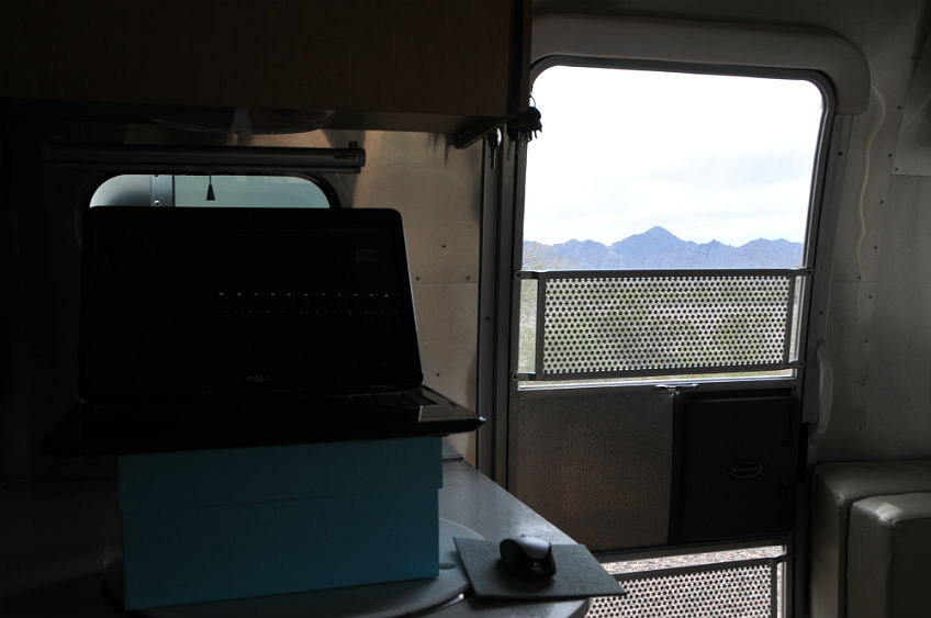 airstream-standing-desk