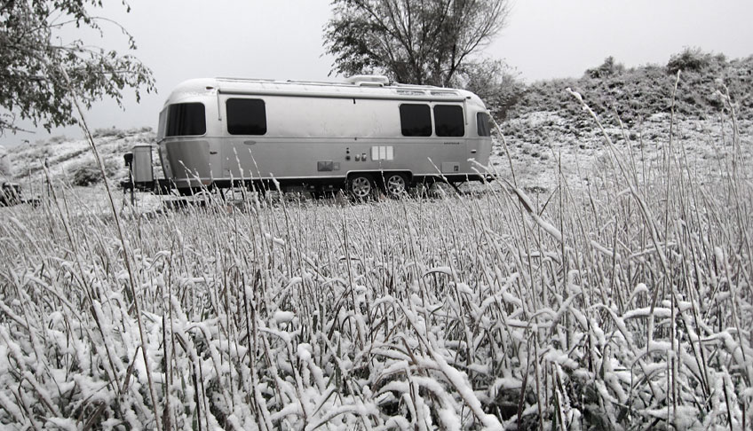 airstream-snow