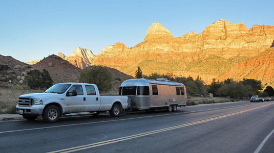 rv-street-parking-zion
