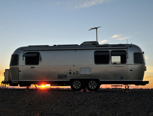 airstream-sunset