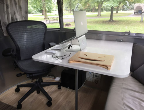 airstream-office