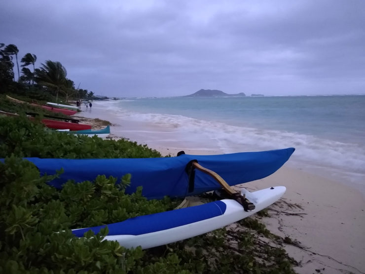 lanikai beach canoes